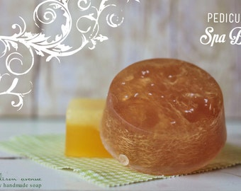 handmade luxury soap pedicure loofah aloe vera and olive oil bar in peppermint or energizing citrus