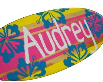 Surfboard Decor, 18 inch Surf Board Wall Art, Girls Personalized Beach Decor, Surfing Sign, Surf Board with Name Sign, Beach Sign