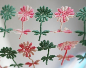 1/2 Yard Of Crochet Flower Trim, Pink and Green Crochet Flowers, Crochet Applique.