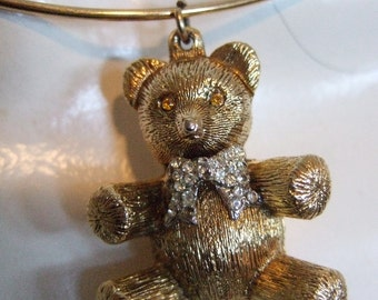 Charming Gilt Metal Teddy Bear Pendent Choker Necklace