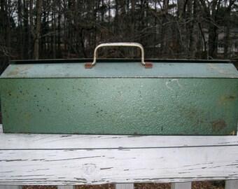 "Green Metal Mechanic's Tool Box w/ Tray  (Made by Versa Box)   21"" x 6.5"" and 6"" deep"