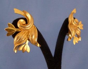 Gold Clip Flower Earrings