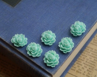 10 pcs Light Blue Sky Blue  Resin Flower Cabochons 18 x 14mm (BLRC821)