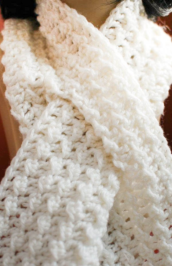 Free Crochet Pattern For A Spiral Scarf : Crochet Pattern Keyhole Scarf with Spiral Flower Immediate