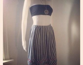 1980's Striped Vintage knee length High Waisted Skirt