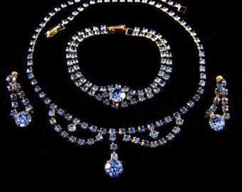Rhinestone Jewelry Set Necklace Bracelet Earrings A Pretty Powder Blue Color