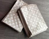 "50 Polka dot kraft bags - 5 x 7.5"" inches - brown kraft bags - polka dot pattern - Middy bitty bags"
