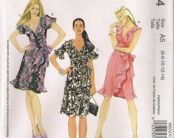 McCall's Sewing Pattern M6024 - Misses' Dresses (16-20)