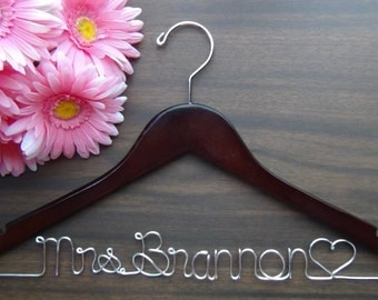 Bridal Hanger Personalized Keepsake , Custom Made Wedding Hangers with Names, Bridal Shower Gift idea,Wedding Photo Props