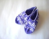 SALE crochet slippers socks knit slippers, womens slippers socks, purple and white Slippers, home shoes, gifts for woman under 25 usd