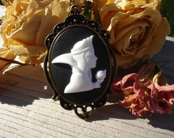 The Evil Queen Cameo Necklace Victorian Snow White Disney Villain Bronze Apple