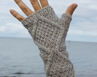 Fingerless gloves, Hand warmers,  Handwarmers, Arm warmers, pure wool luxury yarn