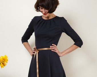 "Dress ""Elisa"", with a round skirt and little falts in navyblue"
