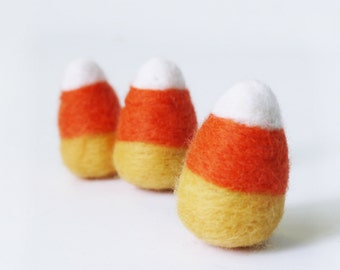 Wool Felt Halloween Candy Corn ornament, set of 3 - Needle felted candy Halloween Home Decor Decoration Holiday Decor Halloween ornament