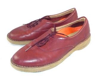 Vintage red leather tennis shoes / sneakers / lace ups - Rocsport, comfort, Vibram sole 8.5 B ladies shoes