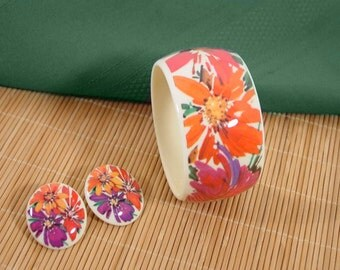 "Avon Bracelet and Earring set 1989 Avon ""Passion Flowers"" bracelet and pierced earrings set"