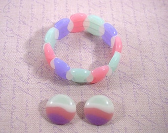 "1988 Avon ""Pastel Parfait"" Stretch bracelet and pierced earrings"