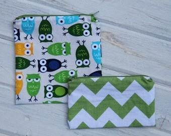 Set of  Owl (Optional Personalization) Reusable Sandwich & Snack Bags (1 to 5) with Zipper Closure