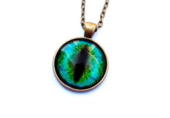 green cat eye necklace eyeball necklace eye by