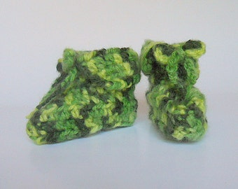 Baby Boy Green Booties  Infant Girl Slippers 3 To 9 Months Soft Crib Shoes St. Patrick's Day Accessory Ready To Ship