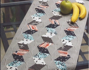 SEASIDE--table runner pattern by Julie Herman for Jaybird Quilts