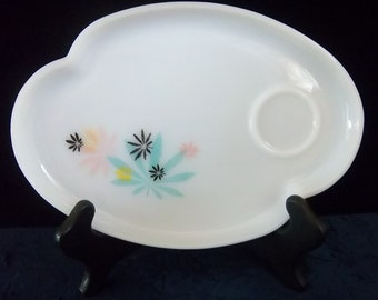 Set of 2 Curvy Milk Glass Snack or Luncheon Plates - Vintage Mid Century Kitchen Decor