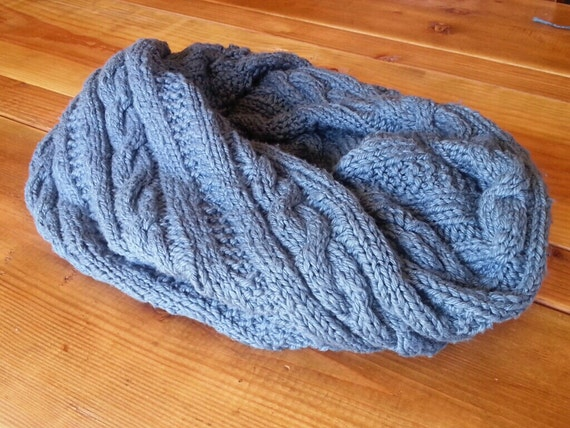 The Magical Twisted Cowl knitting pattern for by WoolfsClothing