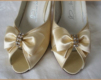Vintage Satin Evening Shoes Cream Thomas Wallace
