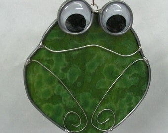 Smiling Frog Suncatcher in Stained Glass