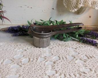 Vintage Ricer Masher Rustic Primitive Kitchen Shabby  B270