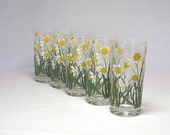 Handpainted Glasses CERA Yellow Daffodil vintage drinking glasses, Set of 5 iced tea, lemonade - twocheekychicks