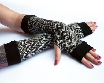 Winter Arm Warmers, Fingerless Gloves with black edges - Very Soft Black and white Gloves, Hand Warmers , Cuffs , Victoriian , Goth , Cotton