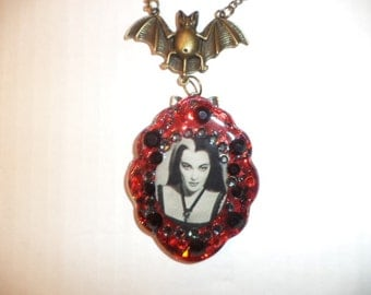 Lily Munster,Yvonne DeCarlo, Halloween necklace,resin necklace,bride of Frankenstein