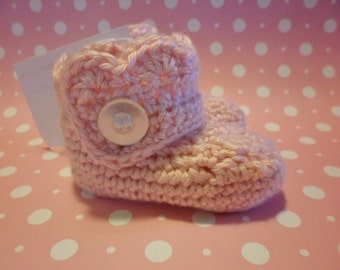 Crochet Girls Scalloped Wrap Baby Booties Infant Booties - Various Sizes and Colors