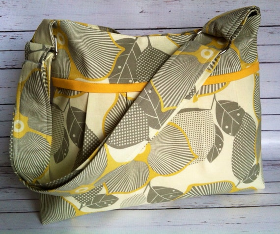 Slouchy Pleated Purse w/ Zipper Pocket in Optic Blossom Mustard Martini Amy Butler W/ Adjustable Strap
