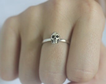 Silver 3D Skull stacking Ring, skeleton ring, Goth Punk Jewelery, Halloween, Statement ring, Unisex,