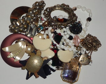 Vintage lot of jewelry, repurpose, recycle, upcycle, crafts, assemblage*