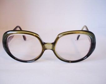 Great Vintage Women's Eyeglasses - See our huge collection of vintage eyewear