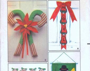 Butterick 6720 Vintage Christmas decor pattern uncut