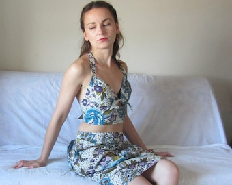 Rockabilly style halter top, backless. Vintage fabric in cream and blue floral print. Spring Summer holiday top, festival fashion for her.