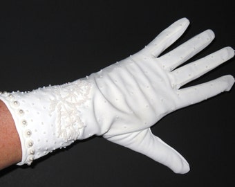 Vintage 1960s BEADED Off White Floral PEARL 10' Wrist Dress GLOVES..Made in Hong Kong..Prom Wedding Cotillion Edwardian Victorian