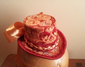 Mini Top Hat Red and Gold Brocade