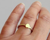Tiny heart ring, dainty heart ring, Valentine's day jewelry, minimalistic sterling silver ring with tiny heart.