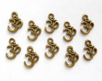10 Antique Bronze Om Symbol Charms - 27-25-1