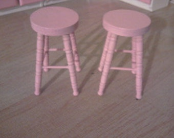 dollhouse bar stools in pink miniature dolls house furniture