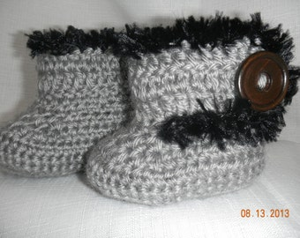 Crochet Gray Baby Ugg Boots with Black Faux Fur Trim Wood Button