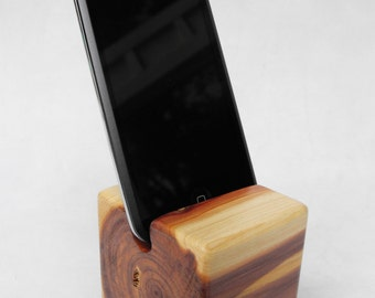 Cedar Wood IPhone or IPod Holder - Cube with Knotty Wood Grain - Red and White Wood