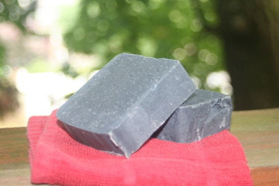 Natural Bamboo Activated Charcoal Facial soap with Organic oils 5 ozs Tea Tree & Lavender EO, Kaolin Clay,  Vegan