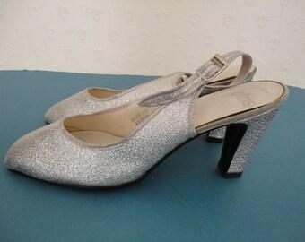 Vintage Silver Lurex Slingback Shoes by Dolcis Stardust - 1980s - UK Sz 6 US 8.5 EUR 39