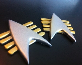 Star Trek Next Generation Future Imperfect Communicator Badge Prop/Replica